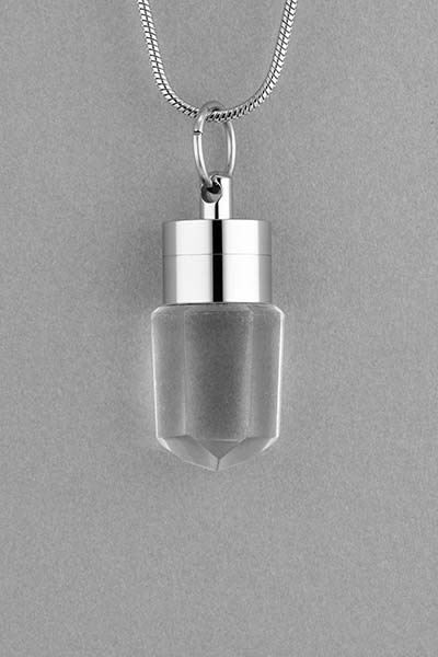 clear-quartz-fragrance-pendant